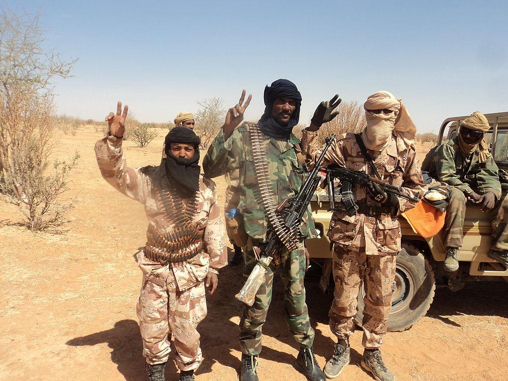 Rebeli separatişti tuaregi în Mali, ianuarie 2012. Sursă Mali begins Touareg dialogue, Wikipedia.