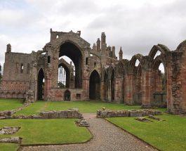Povestea vampirului de la Melrose Abbey
