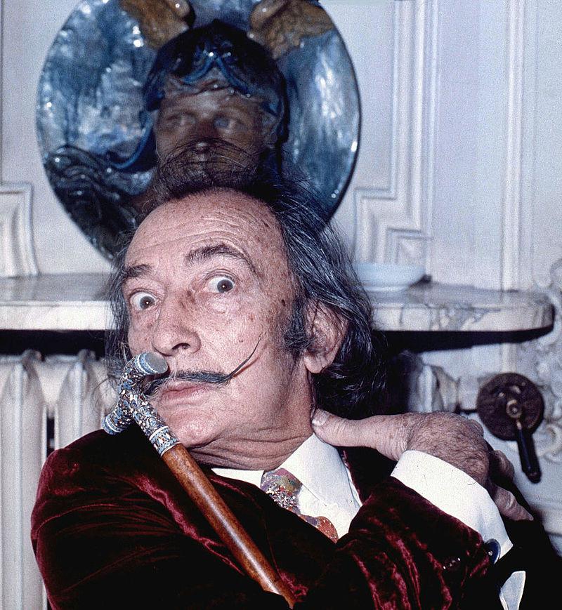 Salvador Dali despre societate